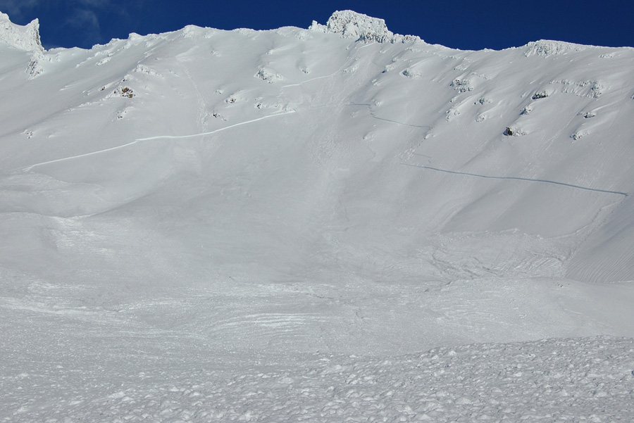 Avalanche in the Old Ski Bowl December 22, 2014