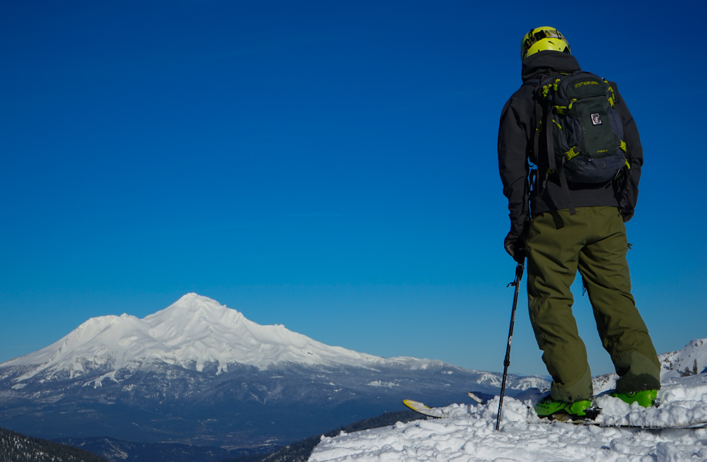 Mt. Shasta backcountry skiers